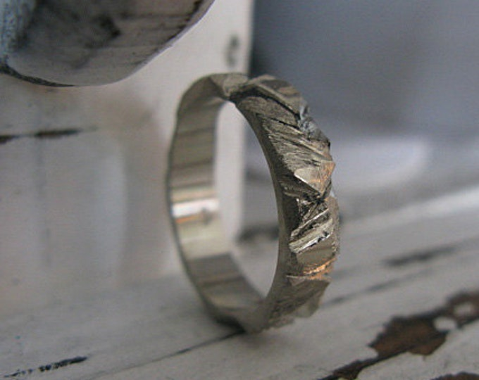 14K White Gold Size 7.5 Mens Wedding Band Mens Wedding Ring White Gold Band 5mm Carved Artisan OOAK Unique Wedding Band Rustic Distressed