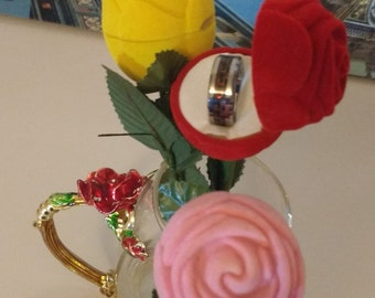 Rose Ring Box in Red Pink Yellow Ideal Gift for Valentine- Engagement- Wedding - Birthday- Christmas
