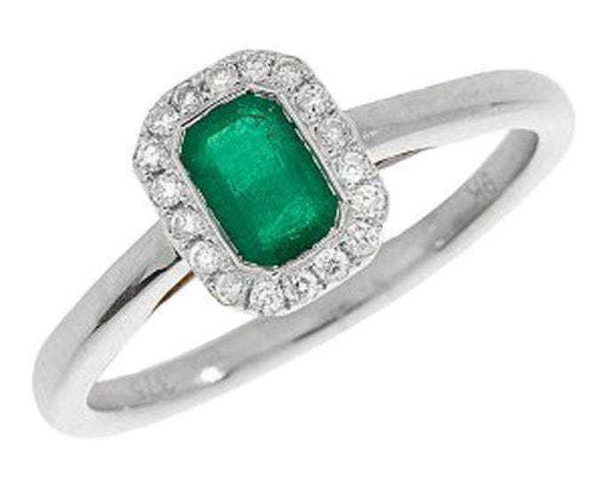 9ct White Gold Emerald Engagement Wedding Octagonal Emerald & 11pt Diamond Cluster Ring