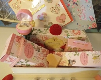 Organic Luxury Summer Rose Gift Box with 100% Vegetable  Bath Soap & Body -Perfume- Lotion Ideal For Valentine - Him or Her- Birthday