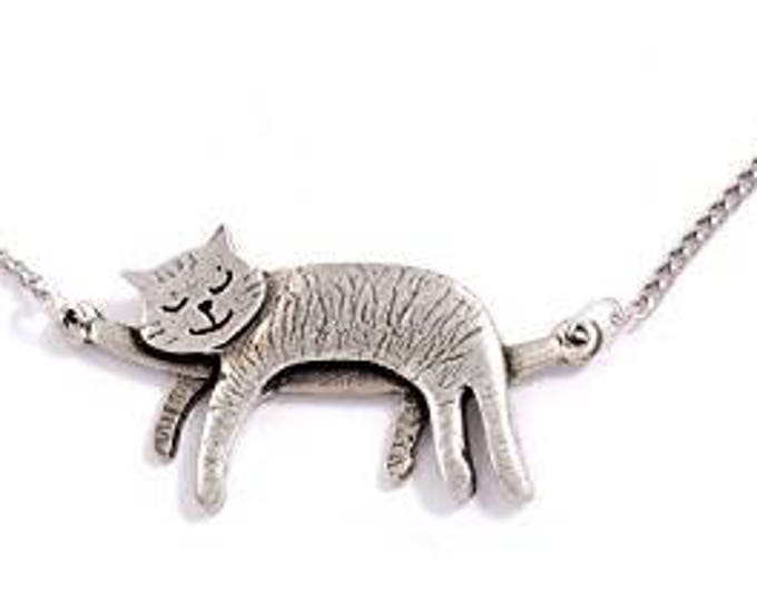 Sleeping Cat Necklace  with 18 inch –  Hand Made in UK