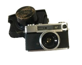 Yashica Minister-D Vintage 35mm Rangefinder Camera