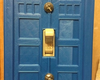 Made to order! Whovians gift of choice Doctor Who Tardis light switch plate Fits a standard lights switches