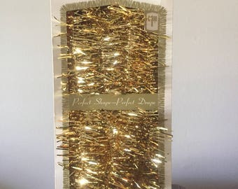 Vintage Gold metalic Tinsel Garland