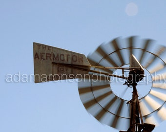 Photograph of windmill spinning