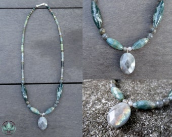 Labradorite and Indian Agate Necklace, Labradorite Necklace, Gemstone Necklace, Christmas Gift, Unique Necklace, Crystal Necklace, Green