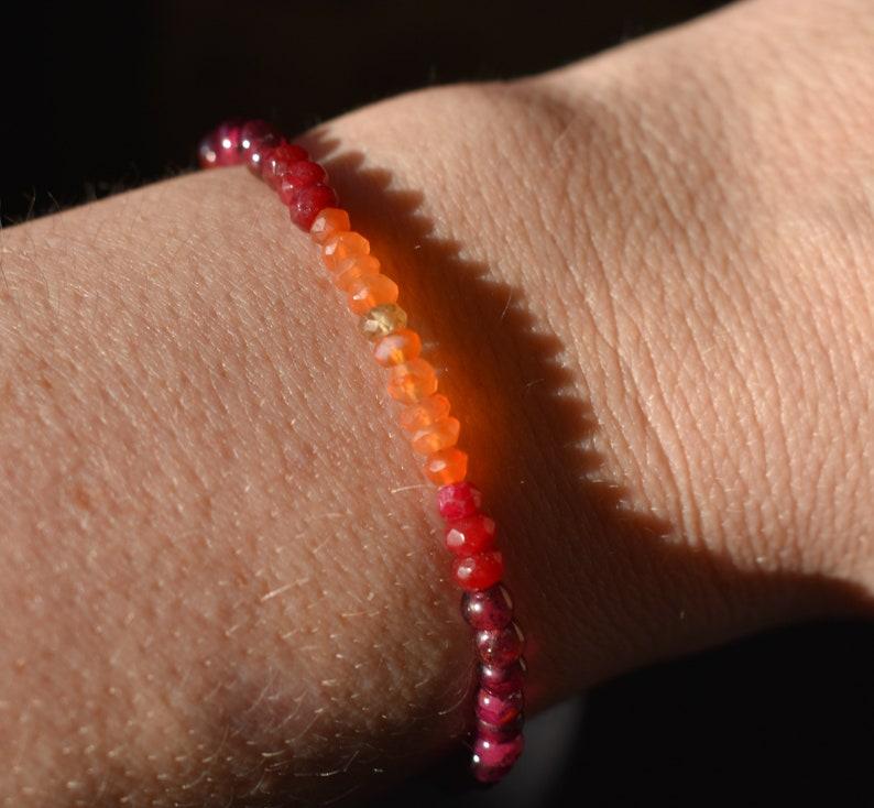 Stackable Beaded January Birthstone Ombre Stone Multicolor Red and Orange,Shaded Gradient Bracelet Carnelian Garnet bracelet Sunset