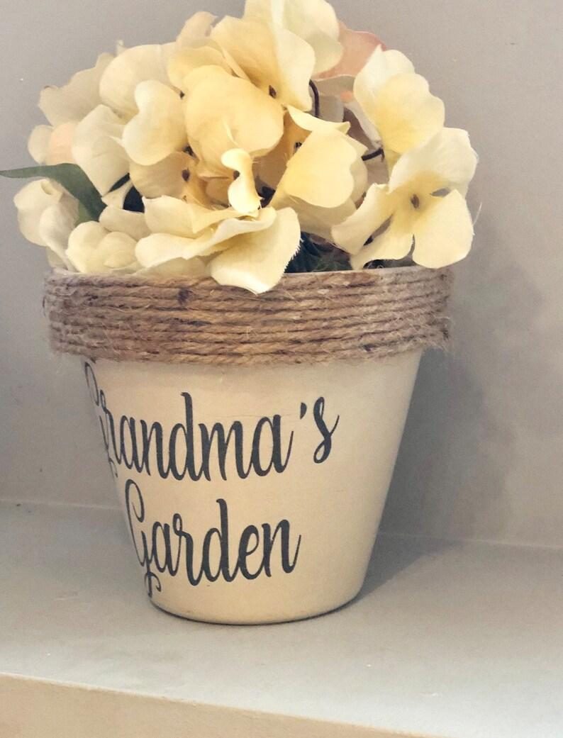Grandmas Garden flower pot WITH saucer