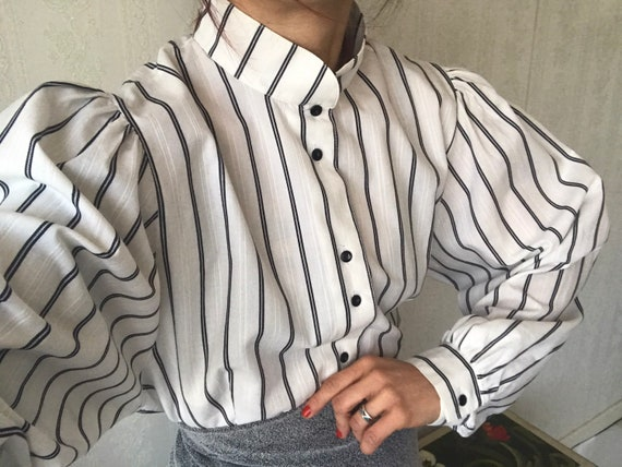 Vintage White Black Striped Poet Sleeve Blouse/ To