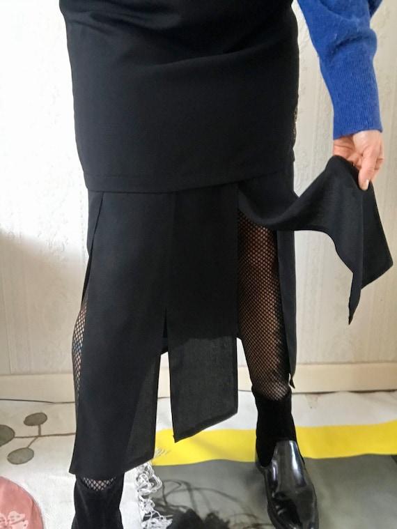 Vintage Black Quarter Panel Skirt/ M - L
