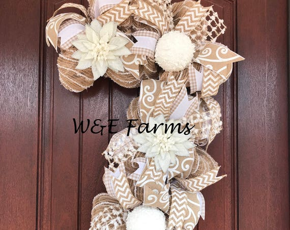 Candy Cane Christmas Wreath, Winter Wreath, White Christmas Wreath, Candy Cane Wreath, Ready to Ship