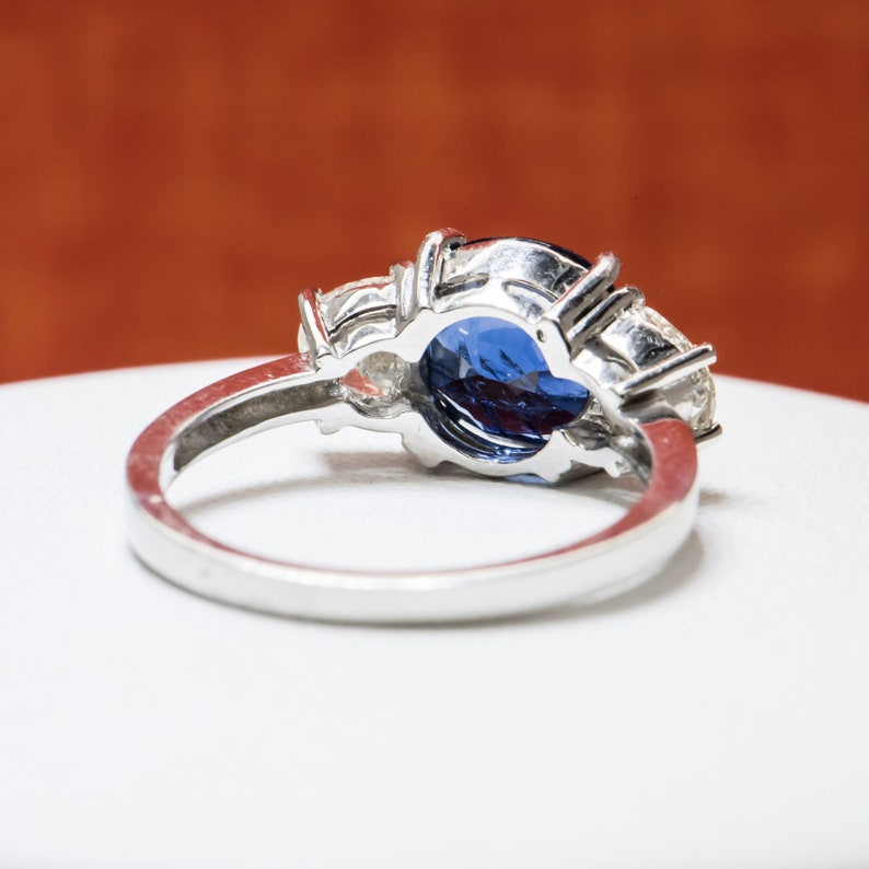 d1639a1bdfb94 Platinum 4.26ctw No Heat GIA Burma Sapphire & Diamonds Ring 5.9g Sz 7.75