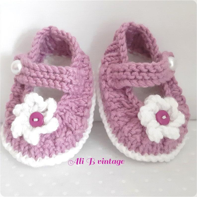 1a5db30f6ff71 Chaussons fille chaussures chaussons bébé chaussons bébé