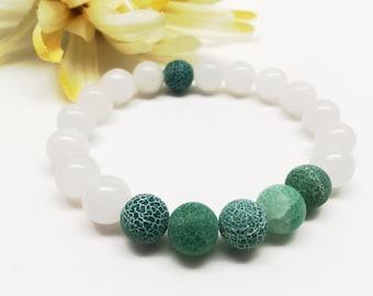Frosted Agate Bracelet, Green Agate Bracelet, White Jade Bracelet, White Bracelet, Stretch Bracelet, Beaded Bracelet, Gemstone Bracelet