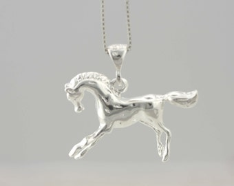 Silver Horse, Sterling Silver Horse Necklace, Horse Pendant, Horse Charm, 925 Solid Sterling Silver Horse, Animal jewelry