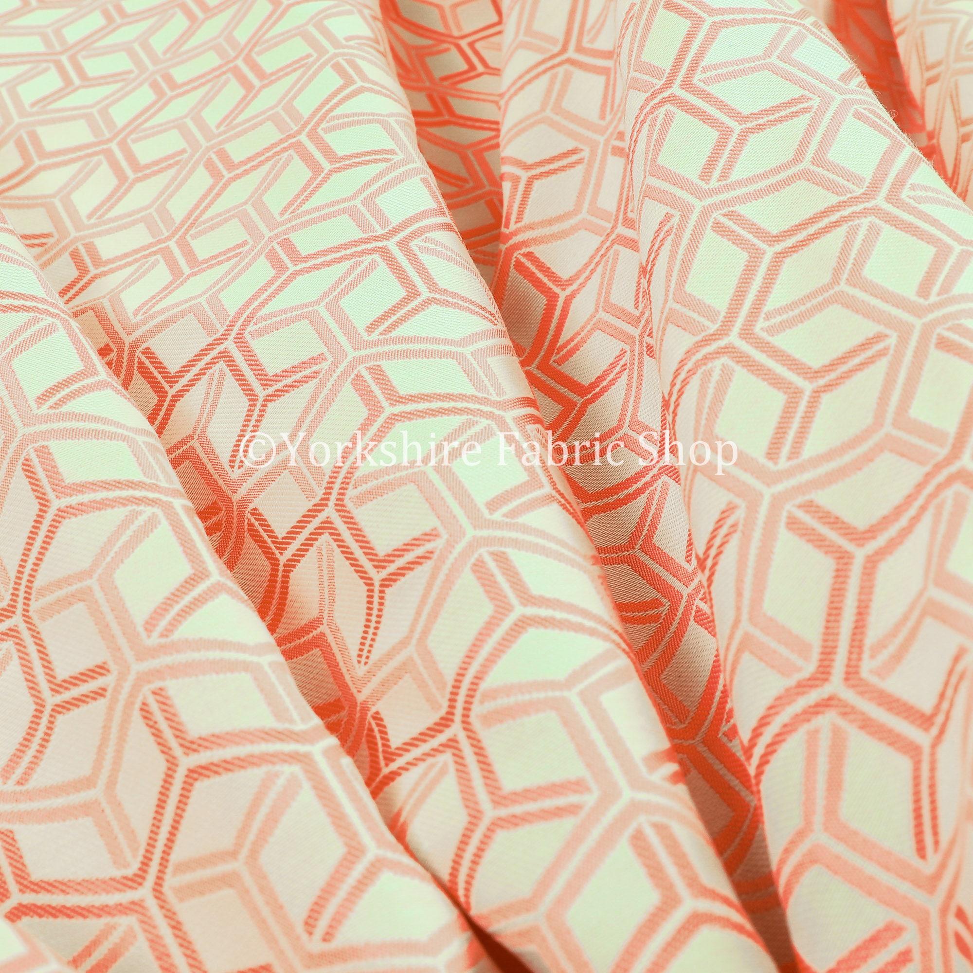 Nouvelle Chenille léger Cube 3D 3D 3D motif géométrique lumineux rose tissu d'ameublement - vendu par le tissu de longueur de 10 mètres 546ba1
