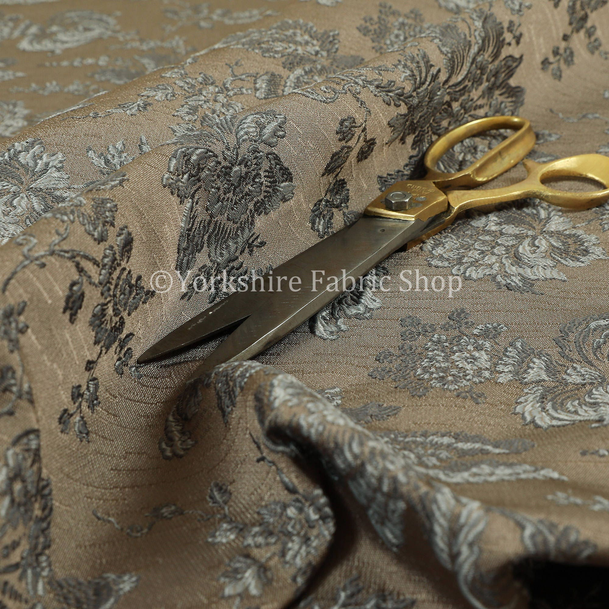En relief motif motif motif Floral texturé gris Chenille d'ameublement et Rideau utilisation tissu - vendu par le tissu de longueur de 10 mètres 4ff73e