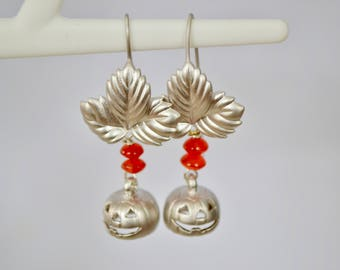 Silver and orange Halloween earrings, Jack-O-Lanterns