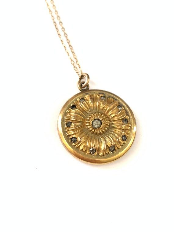 Gorgeous Gold Filled Victorian Sunflower Locket N… - image 3