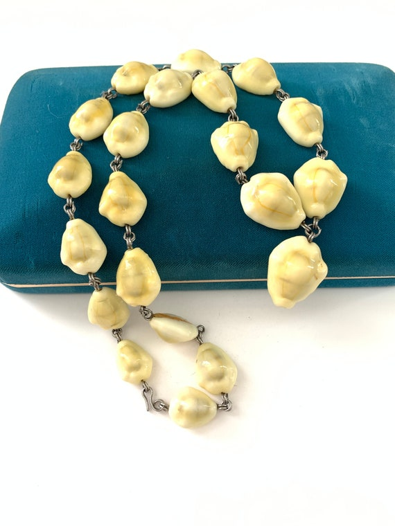 Vintage Cowrie Shell Necklace Summer Beach Necklac