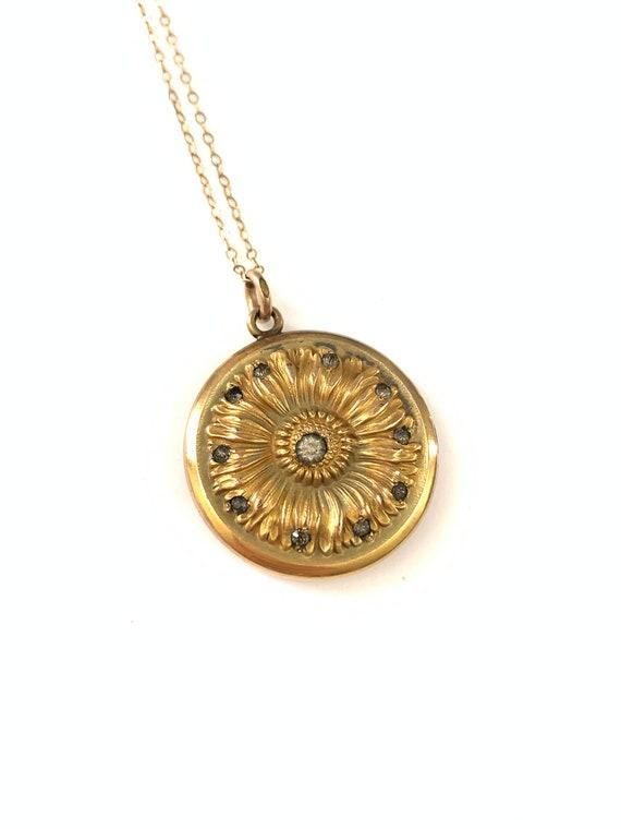 Gorgeous Gold Filled Victorian Sunflower Locket N… - image 2