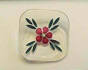 Vintage Button, Floral Design on Clear Lucite, 1950s Fashion