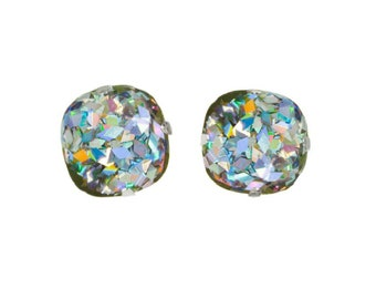 14f0fc6abff6 Holographic jewelry