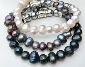 Freshwater pearls, Mala Bracelet, Natural Stones, Black, Silver Hematite, Stainless Heart Charm, Handmade, EtsyQuebec, FortinaDesigns