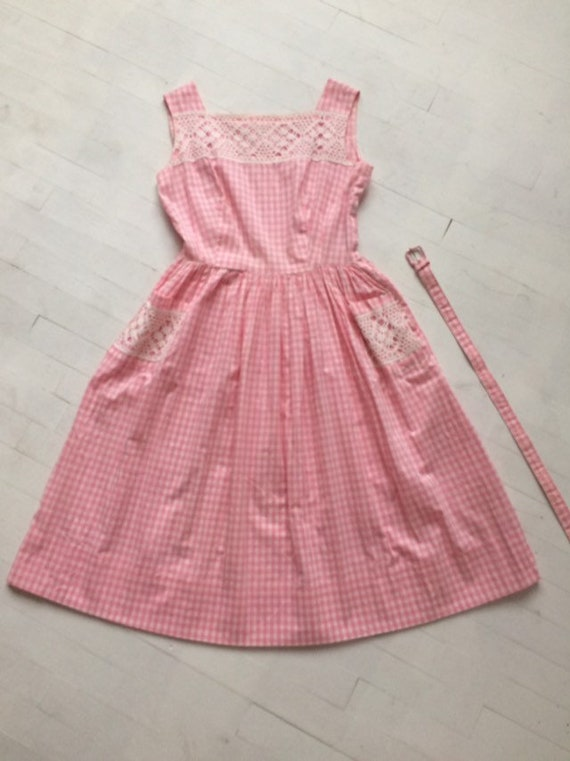 S/M 1950s Pink Gingham + Lace Dress - image 6