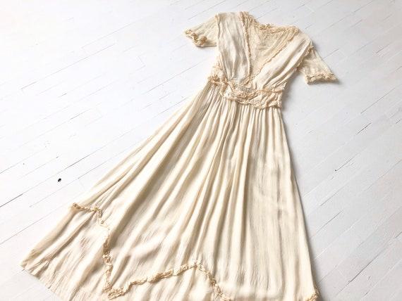 Antique 1910s Cream Silk + Lace Dress