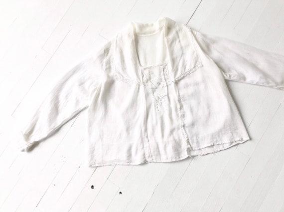 Antique Edwardian White Embroidered Eyelet Blouse