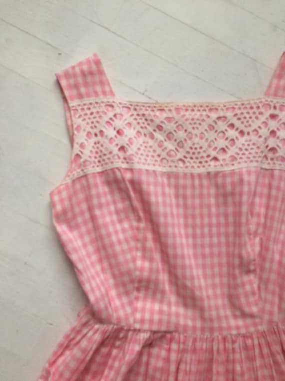 S/M 1950s Pink Gingham + Lace Dress - image 7