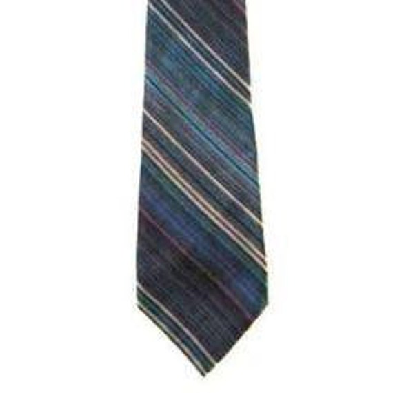 Brioni neck tie