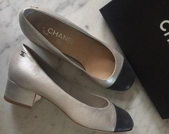 c337d87c9b Silver and navy Chanel block heel pumps 39.5 C EU