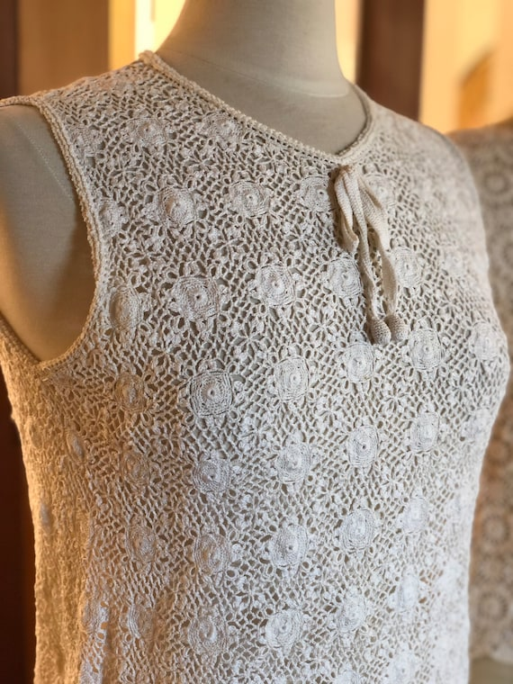 1960s hand crocheted shell top with bauble buttons