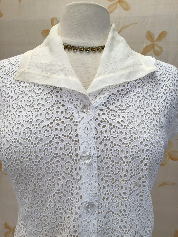 Broderie anglais 1950s summer blouse