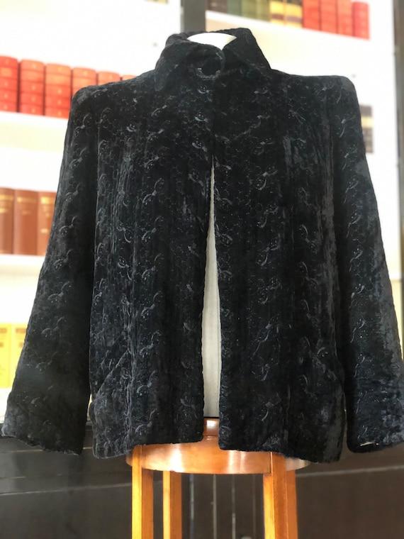 1940s embroidered velvet swing jacket