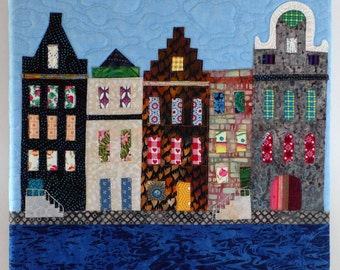 Art quilt with 5 canal houses, 402209