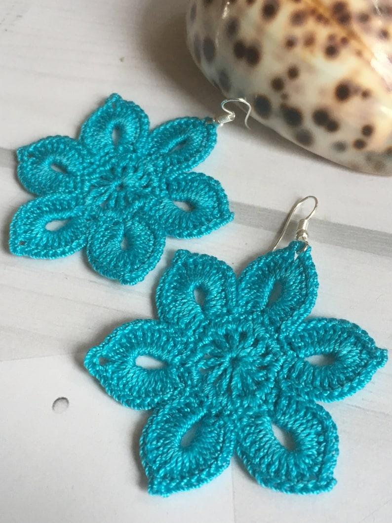 38 Tender Flowery Earrings Crochet Earring Pattern Awesome Etsy