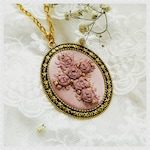 PRC1 Pink roses cross necklace
