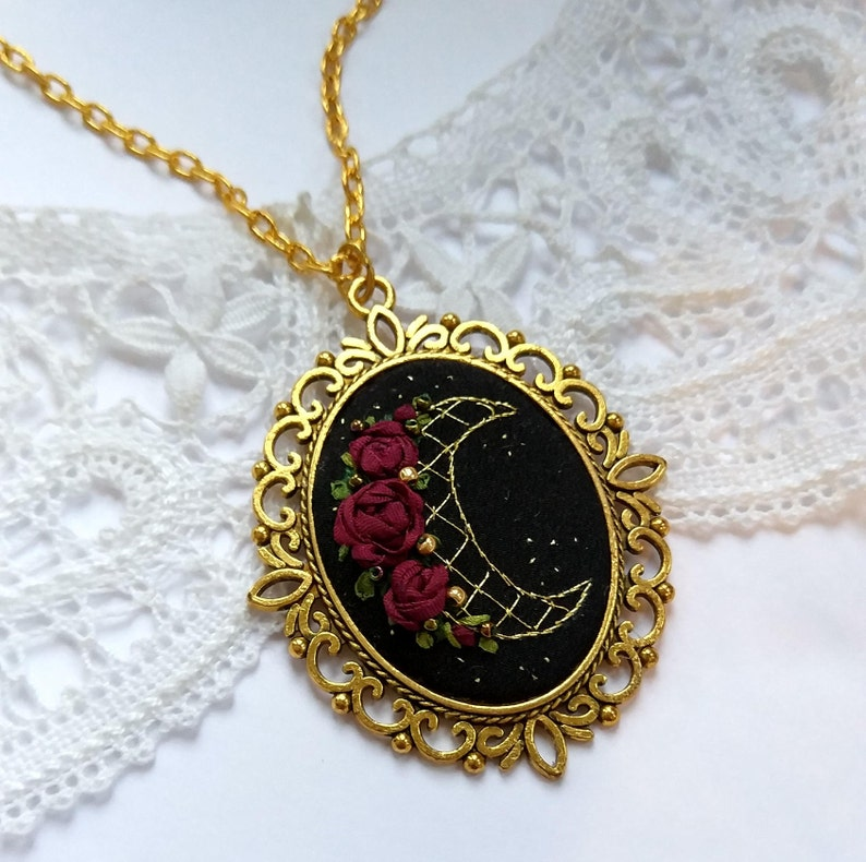 RM1 Rose and Moon necklace image 0