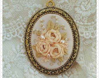 SG3 Secret garden necklace