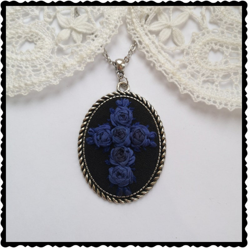 Cross and blue roses necklace image 0