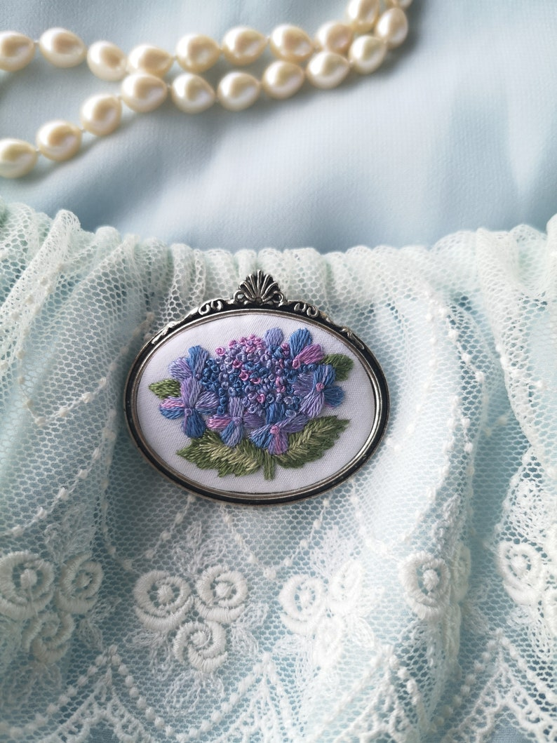 Sky blue hydrangea brooch 2 image 0