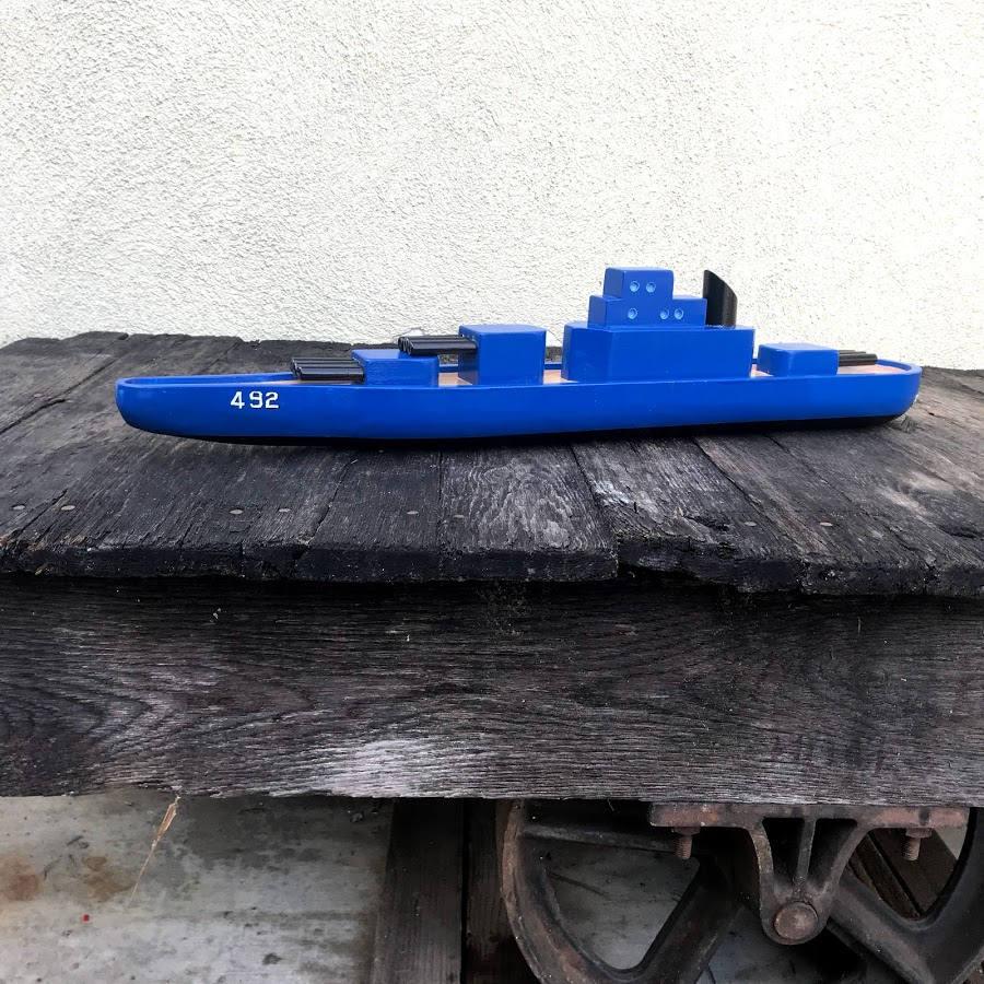 Battleship Iowa-Class   Handmade Wooden Ship