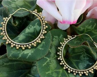 Brass Hoop Earrings-Brass hoop earrings