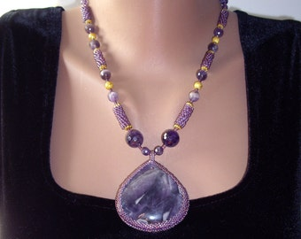 Amethyst necklace Statement necklace Purple necklace Amethyst pendant Seed bead necklace Stone necklace Feburary birthstone Gift for women