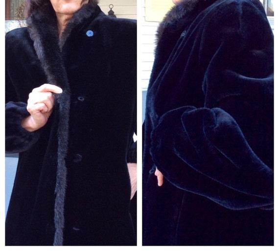 Vintage womens coat /look of black velvet.