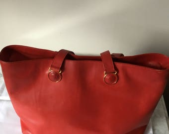 edc26c65993b Valentine Gianni Versace Couture Large Red leather Tote Bag