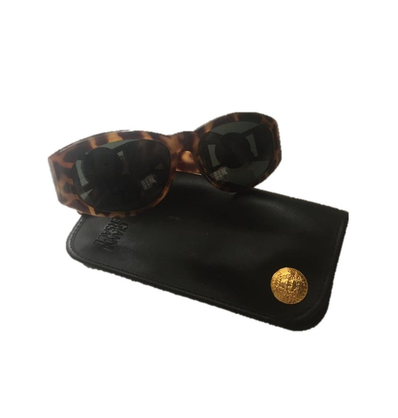 5dac6893a31 Gianni Versace Vintage Sunglasses with Gold Medusa Gianni